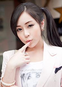 "EN wig <br> <b>Long style</b> <br> <span class=""detail_list"">Superior Yarn</span> <br> 12,000 won"