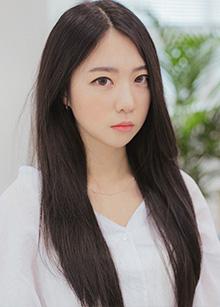 """Half Wig <br> <b>As One</b> <br> <span class=""""detail_list"""">Superior Yarn / Royal Fuchura Yarn</span> <br> 35,000 won / 45,000 won"""