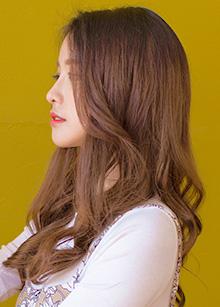"Hidden Line Half Wig <br> <b>Lovely Perm</b> <br> <span class=""detail_list"">Superior Yarn / Royal Fuchura Yarn</span> <br> 39,000 won / 49,000 won"