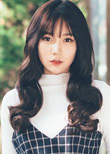 "Hidden Line Half Wig <br> <b>Tiramisu</b> <br> <span class=""detail_list"">Superior Yarn / Royal Fuchura Yarn</span> <br> 39,000 won / 49,000 won"
