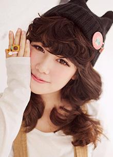 "EN wig <br> Natural Beauty EN Series <br> <b>S curl</b> <br> <span class=""detail_list"">Superior Yarn</span> <br> 14,800 won"